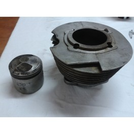 Cilindro y piston ducati 250 5v  70,5mm